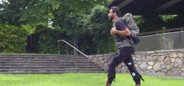 Featured Image for Multi-joint, personalized soft exosuit breaks new ground